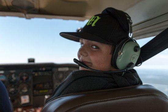 เทรนตัน, เมน: My son enjoying his flight