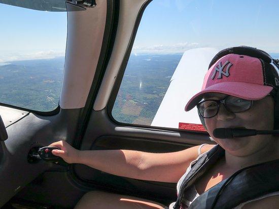 เทรนตัน, เมน: My younger daughter enjoying her flight.