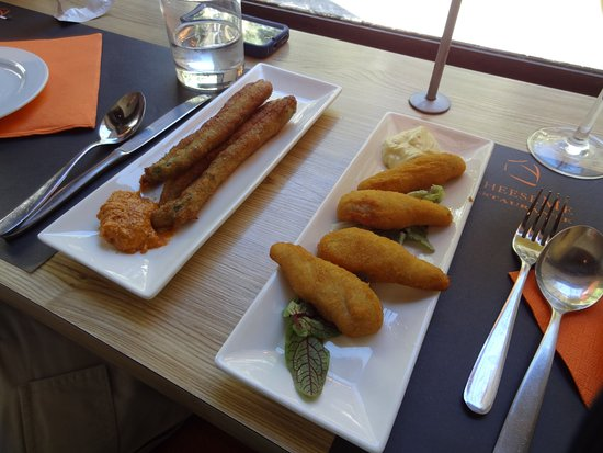 Cheese Me: Fried asparagus and chicken
