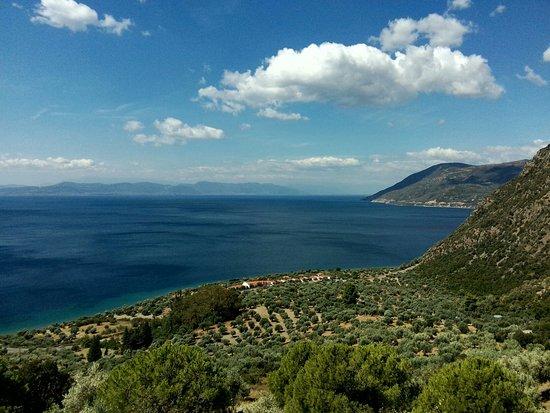 Ровиес, Греция: Μονή Αγίας Ειρήνης Χρυσοβαλάντου