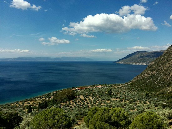 Rovies, Greece: Μονή Αγίας Ειρήνης Χρυσοβαλάντου