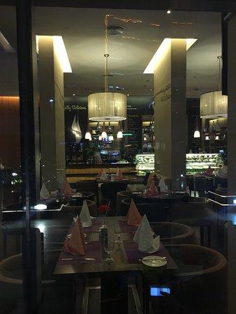 Novotel Suites Dubai Mall of the Emirates: photo5.jpg