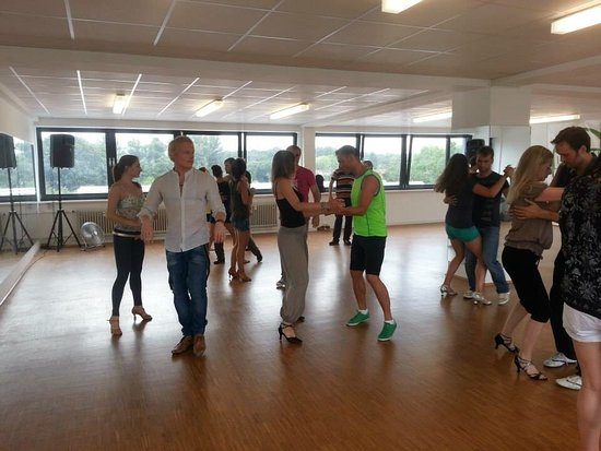 Tanzschule La Calidad