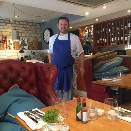 Stow-on-the-Wold, UK: Pete, the amazing chef and husband of Louise