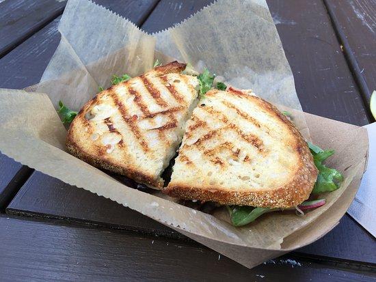 Farmington, بنسيلفانيا: The Bird sandwich