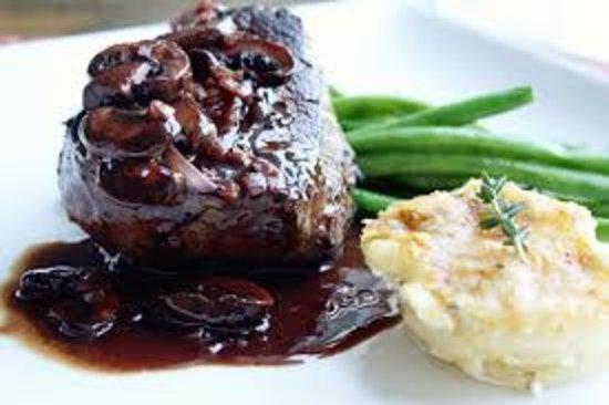 La Locanda Restaurant: center cut certificate black Angus filet mignon in Barolo sauce