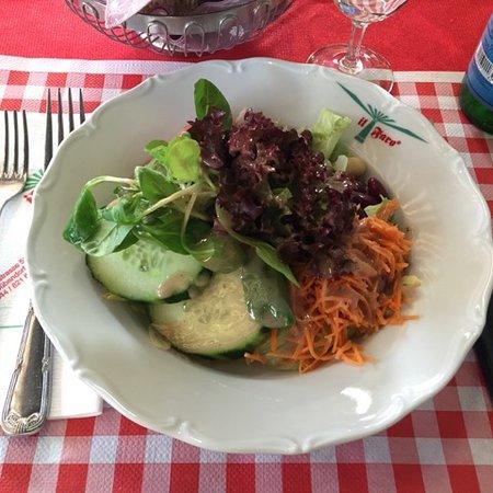Dubendorf, Schweiz: Gemischter Salat