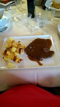 Oulx, Italy: Brasato di Manzo al Barbera con patate al forno