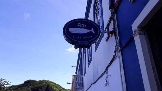 Peter Cafe & Scrimshaw Museum: Het uithandbord