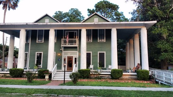 Live Oak, Floride : The 406 is in a lovely old town home