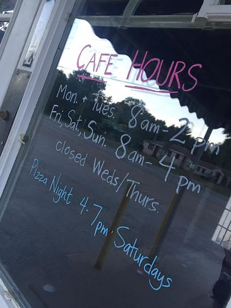Coloma, MI: Cafe Hours