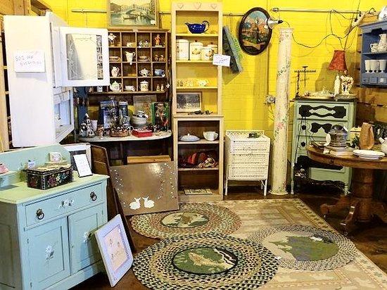 Mebane, Caroline du Nord : loved the round area rugs