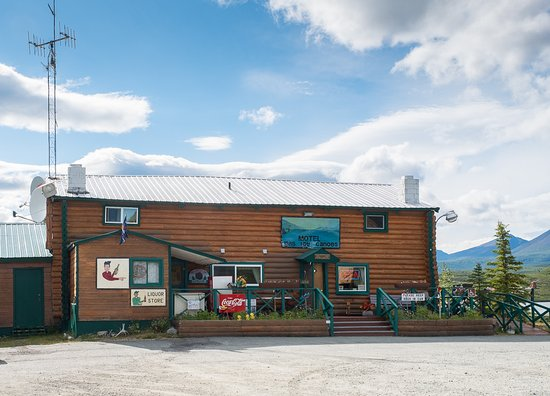 Rustic but cosy - Review of Tangle River Inn, Paxson, AK