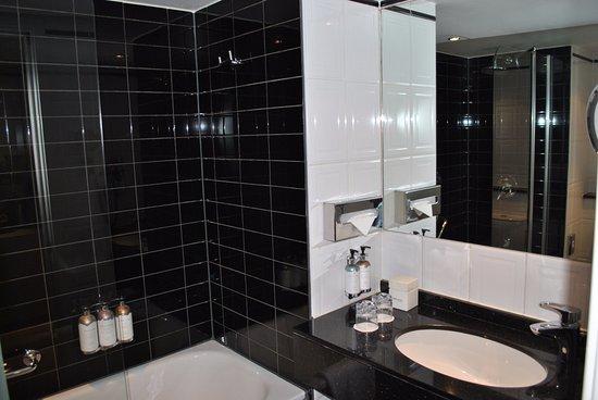 Park Hotel Amsterdam: My bathroom