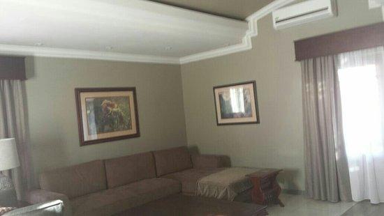 Cornerstone Guest Lodge: IMG-20160829-WA0006_large.jpg