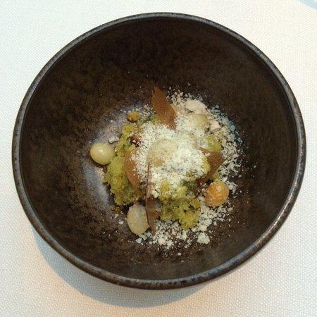 Τσβόλε, Ολλανδία: Getoaste witte chocolade, pistache en blauwe kaas