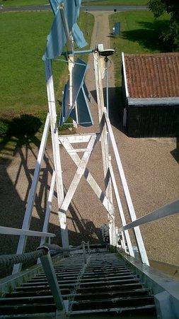 Framlingham, UK: Looking down the stairs