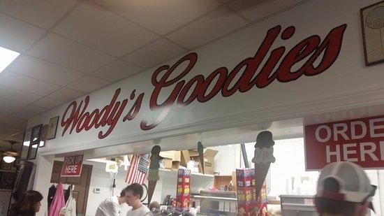 Fairfax, VA: Woody's