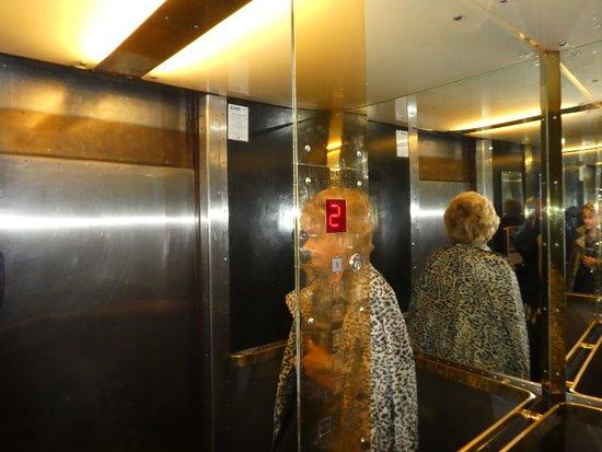 Scandic Palace Hotel: Elevator