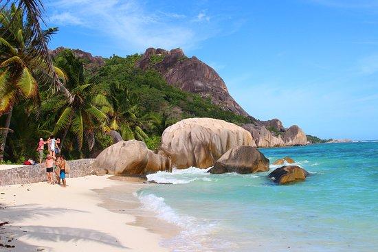 Victoria, Seychellen: Beach on the La Digue