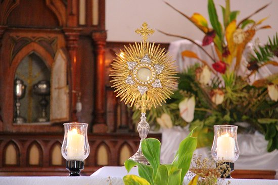 วิกตอเรีย, เซเชลส์: Adoration of the Blessed Sacrament on the La Digue island