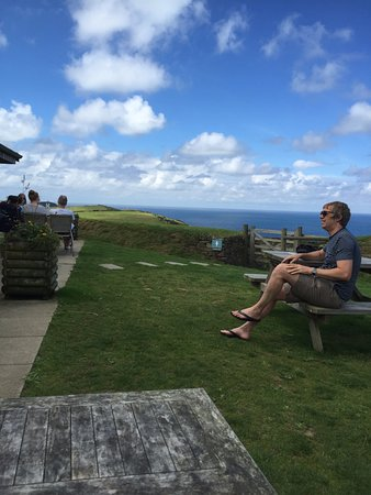 Boscastle, UK: The view. (Don't know the guy) :o)