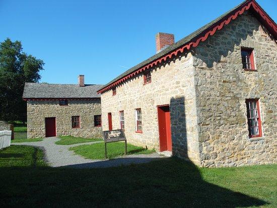 Towson, MD: slave quarters