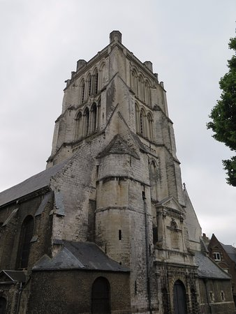 ‪Eglise Saint-Denis‬