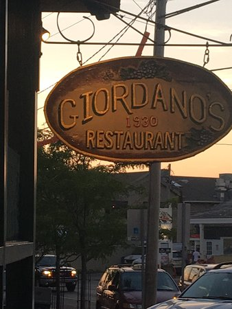 Giordano's Restaurant & Clam: photo0.jpg