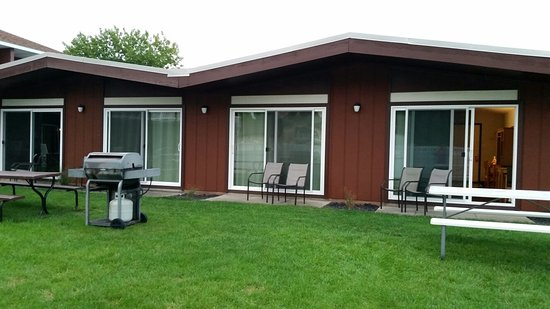 Nader's Motel & Suites: 20160827_201500_large.jpg