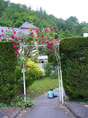 Lestelle Betharram, Frankrijk: jardines del hotel