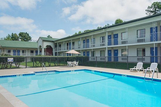 Motel 6 Gainesville : Pool
