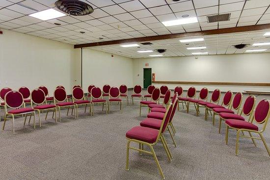 Geneva, OH: Meeting Room