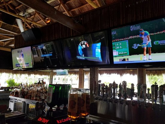 Upper Deck Ale & Sports Grille : TA_IMG_20160829_150548_large.jpg