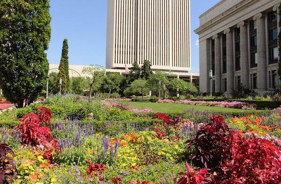 Temple Square: Garden