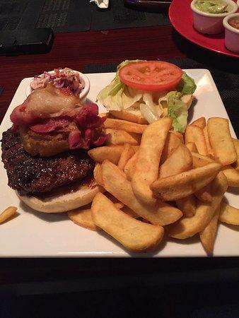 Trincity, Trinidad: Tasty BBQ Burger