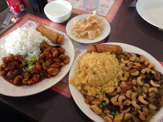 Boerne, TX: General Tso's Chicken and Cashew Chicken