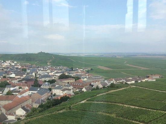 Verzenay, Francia: Le village de 250 viticulteurs.