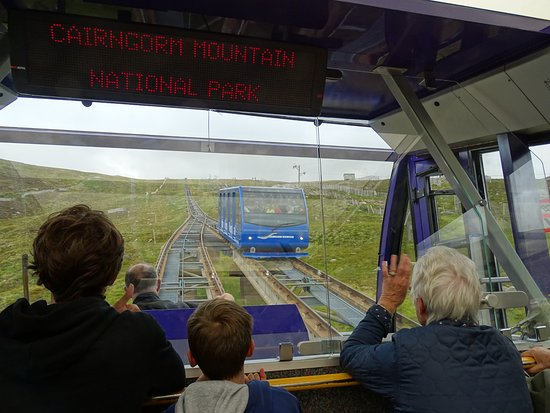 Aviemore, UK: On the Funicular Railway: Going up.