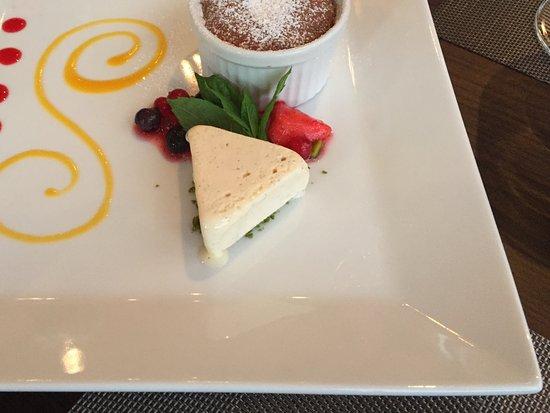Restaurant Belvedere: Yum. Dessert