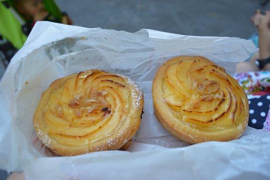 Vecchio Forno: RIcotta tarts