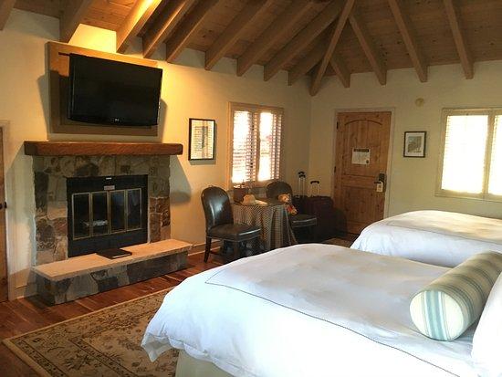 Vintage Inn: Upstairs Double Double