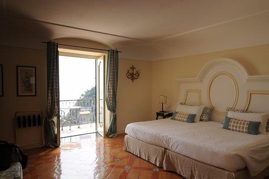 Albergo Punta Regina: Large room