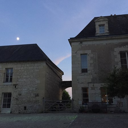 Σινόν, Γαλλία: A wonderful week in Vigneron at Loire Valley Retreat