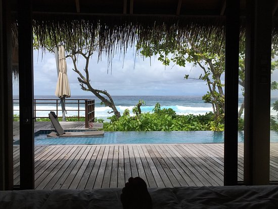 Shangri-La's Villingili Resort and Spa Maldives : Overwater and then tree house is the way to go!