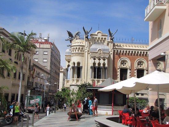 Calle Camoens Street
