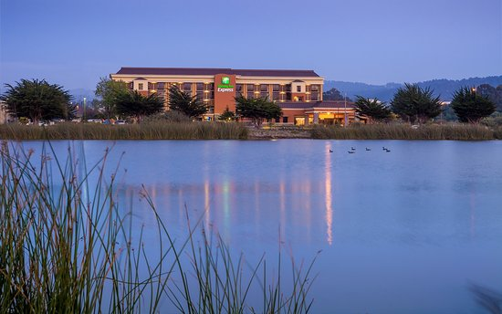 Holiday Inn Express Monterey Bay