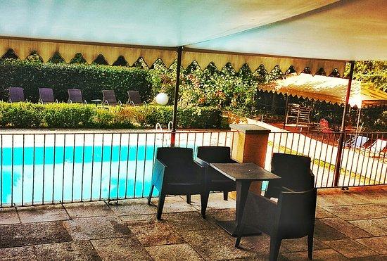 Cantalupa, Italia: 20160829_084811-01_large.jpg