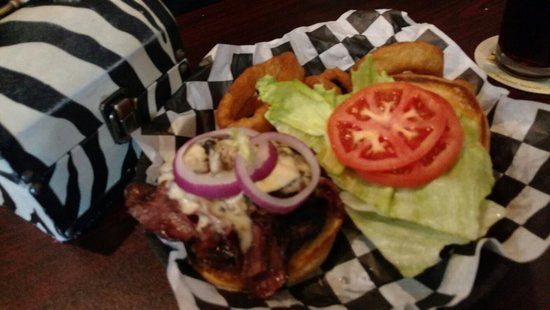 Harriman, TN: Pastrami burger with onion rings