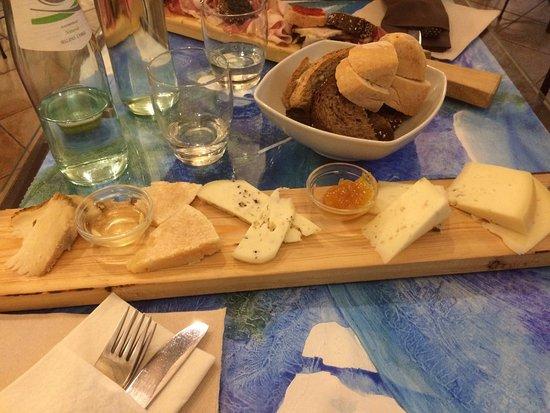 Province of Pavia, Italie : Tagliere dei formaggi